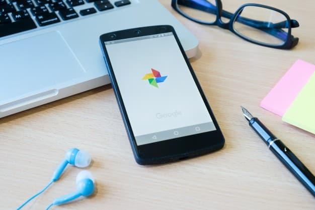 مشكلة التنزيل معلق في جوجل بلاي